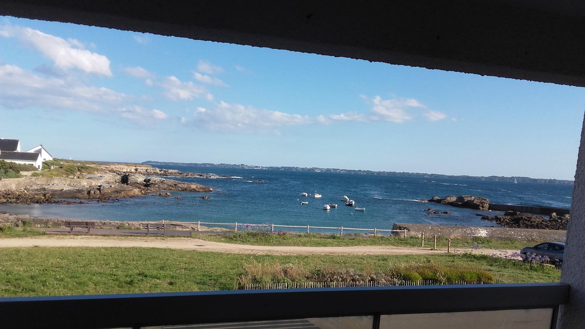 Vue sur l'Île de Groix du balcon