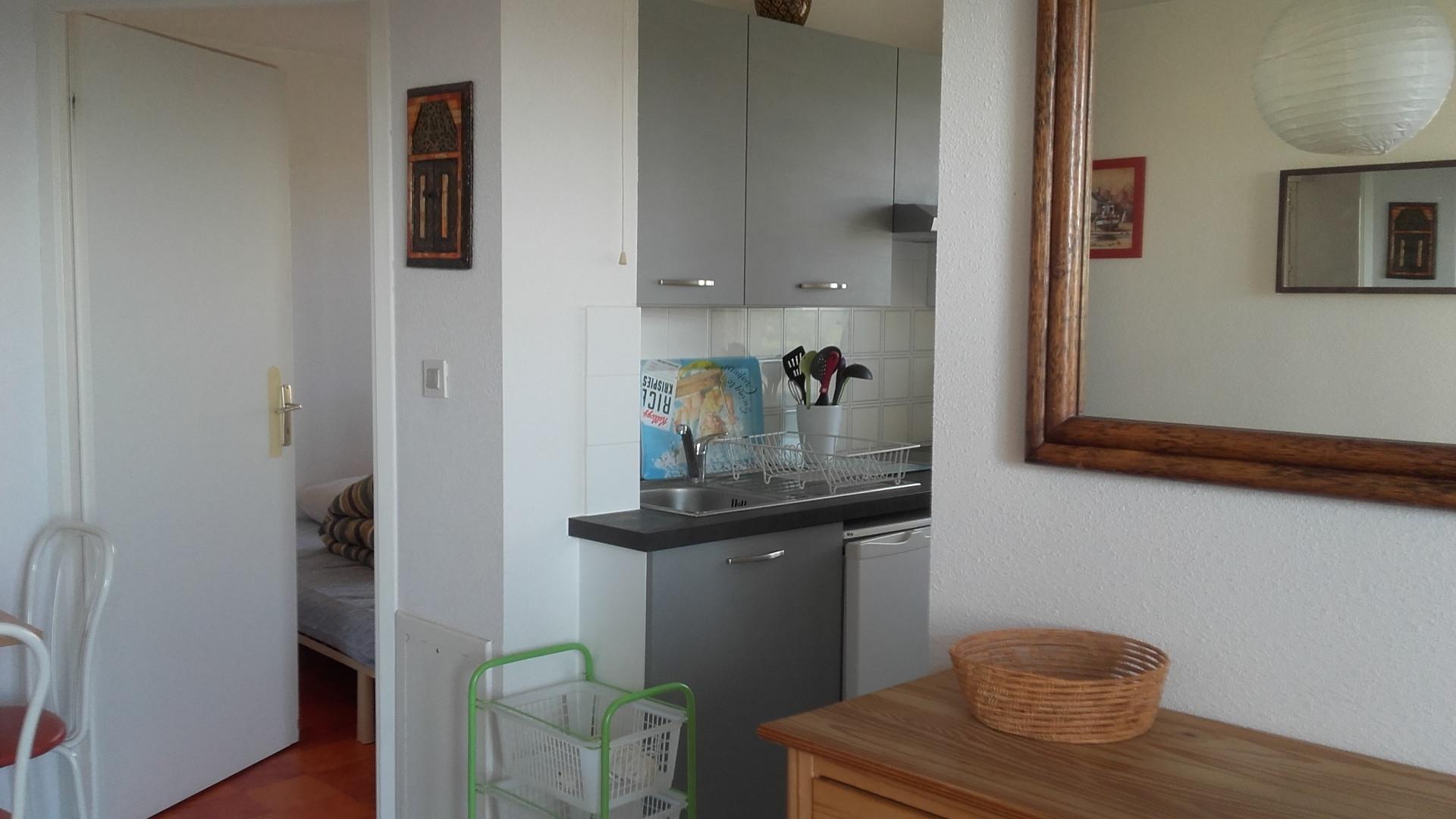 Chambre et cuisine D