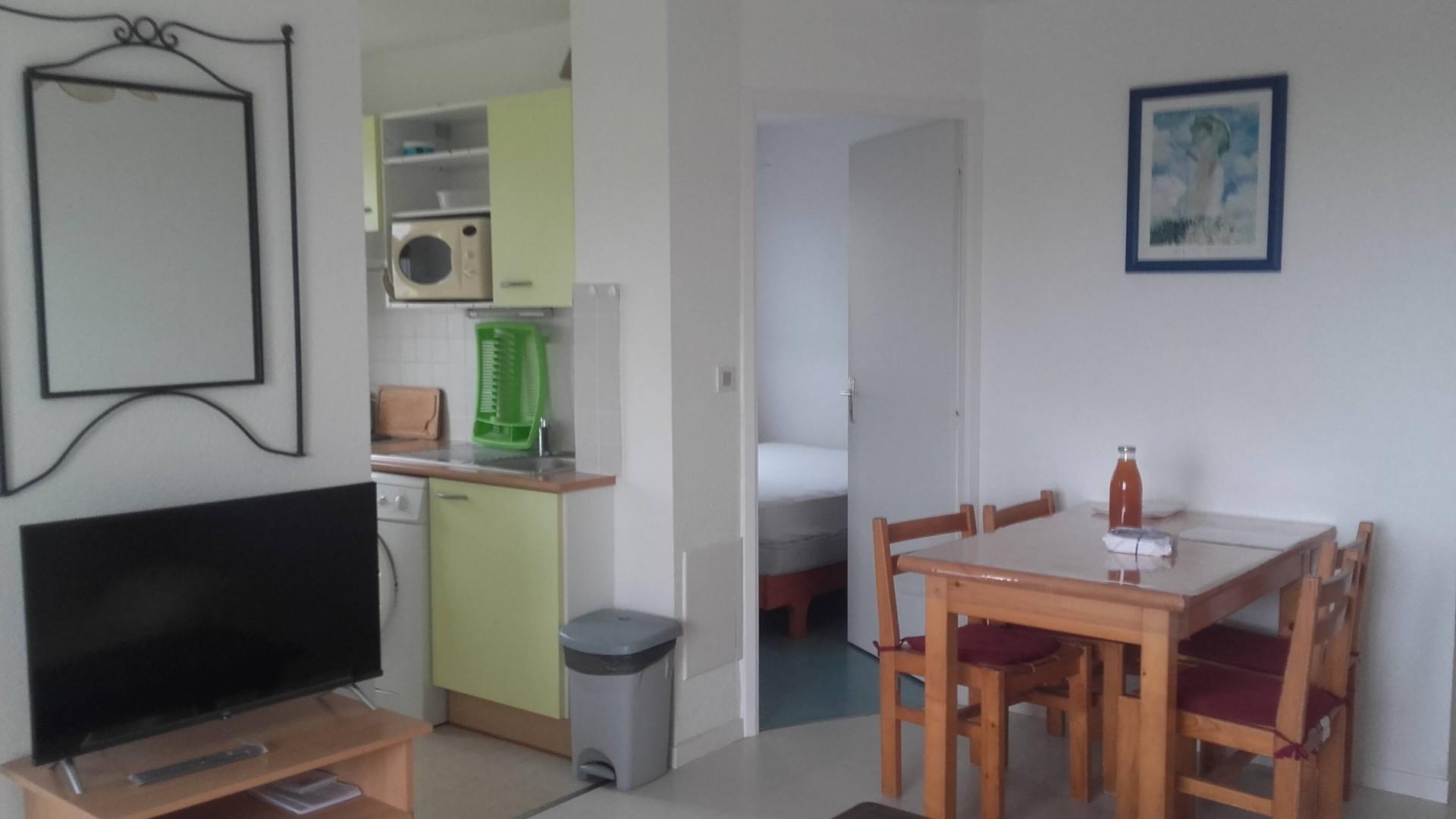 Salon séjour et cuisine du C